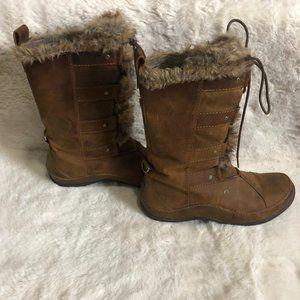 The north face Appu Abby winter boot primaloft 200 gram insulation size 9